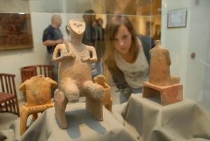Sarlós Isten szobra a Koszta József Múzeumban