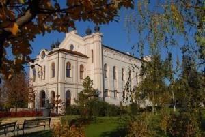 volt Zsinagóga - ma Városi Könyvtár