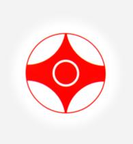 Az Oyama kanku jelének alsó és felső részen a csúcsok az egységet, az oldalsó tompa részek az erőt, a középső kör a végtelent, a külső kör a harmóniát és a körmozgást jelképezik.